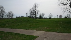 The mounds around the 10th green act more as a backstop than a scoring impediment; you'd have to be almost 25 yards off line to face playing over the mounds.