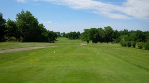 There was a parkland element to parts of Weissinger Hills, with small groves of hard woods omnipresent, but really only came into play on a few holes.