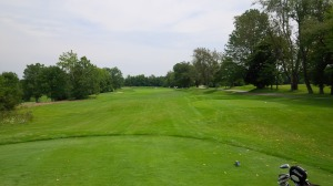 In typical Arthur Hills fashion, Persimmon Ridge's first hole is gentle warmup for the test that lay ahead.