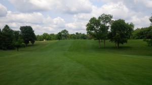 The par 5 3rd hole at Tates Creek is a straightforward hole that is fairly simple if you can avoid getting stuck behind the oak trees on your second shot.