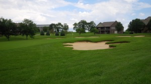 Large, relatively flat greens with protection from multiple bunkers is a common sight at Cherry Blossom.