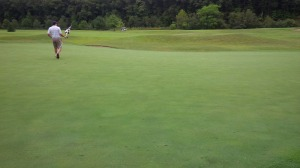 The green for the short par 3 8th hole was typical of the generous putting surfaces at Wasioto Winds.