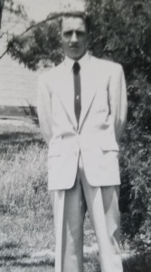 Athletes weren't as big in the 1950's, and at 6 feet tall, I bet Dad would have been good at golf if he'd wanted to be.